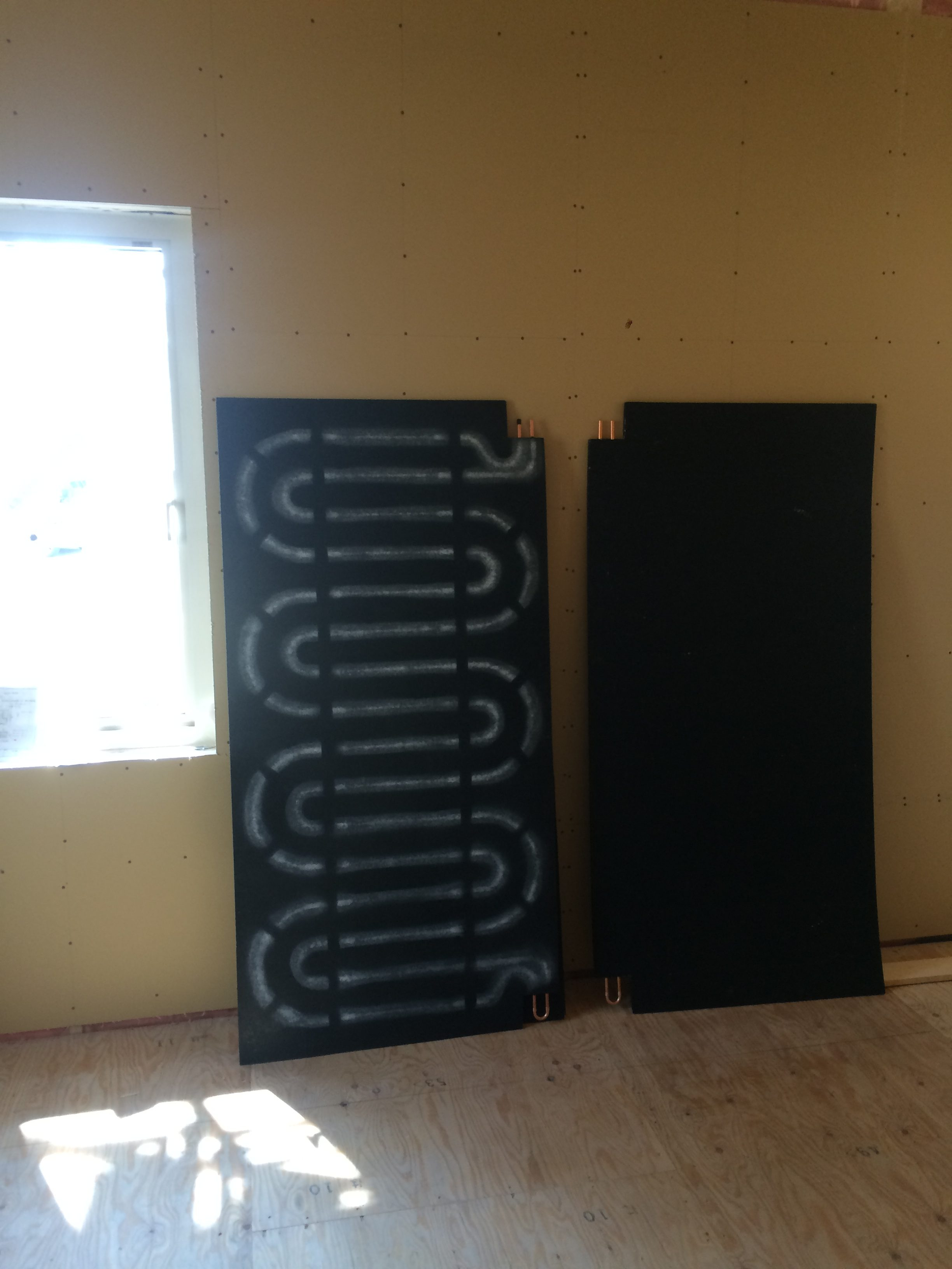 苫小牧新築工事⑤ 外壁施工・屋根・床暖房パネル